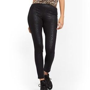 Black Cheetah High-Waisted Yoga Legging - Ponte